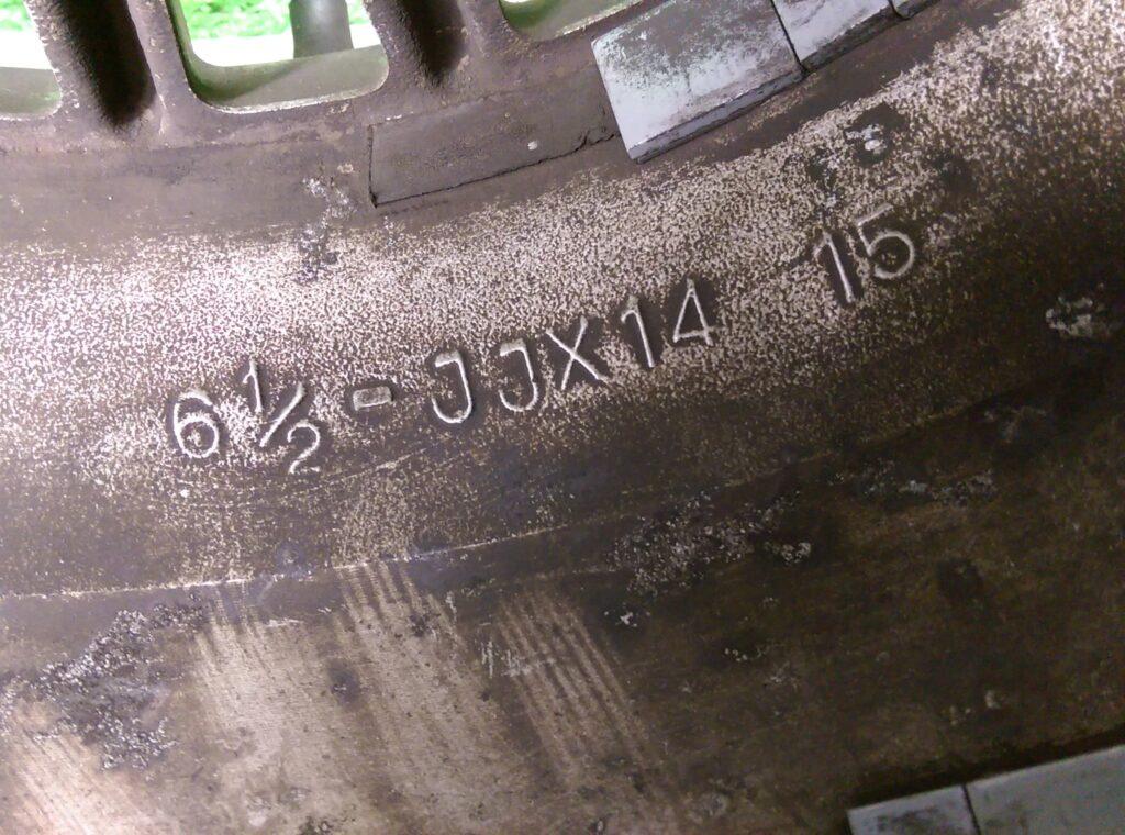 BRIDGESTONE SPINTO 71 Fin  14x6.5j +15 4x114.3 CB:77 x4