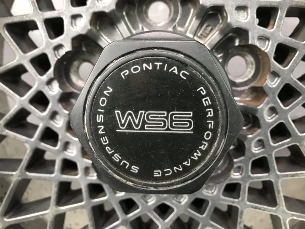 Pontiac Firebird  TRANS AM GTA WS6 MESH 16x8j +0 / +16 5x120.65 CB:69 x4