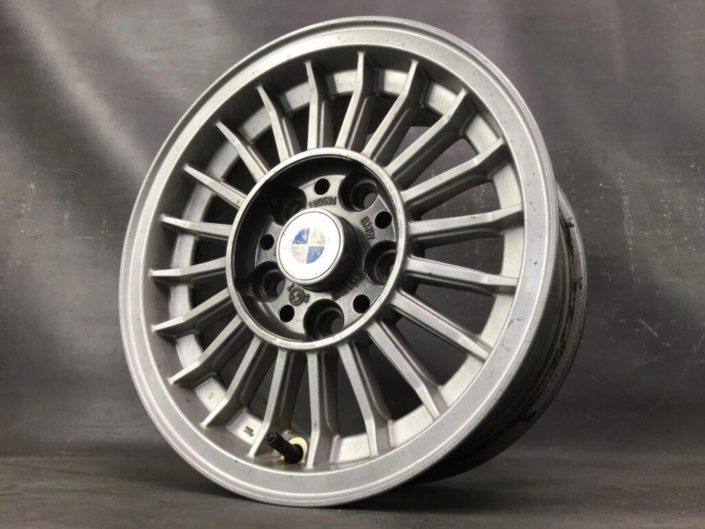 BMW 1119534 ALPINA STYLE with 4 x Caps 14x6j +22 5x120 CB:66 x4» JDM-PARTS.co.nz