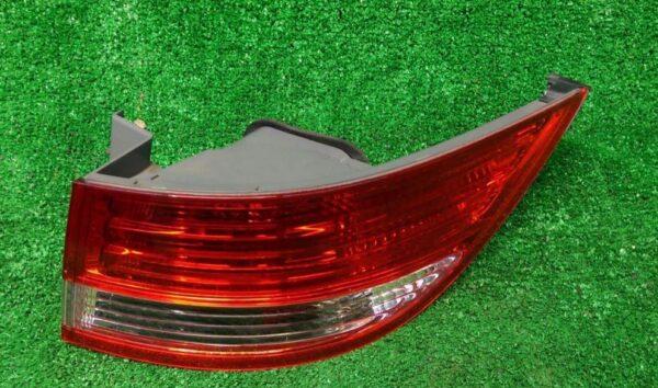 HONDA ELYSION Taillight RR1 Right