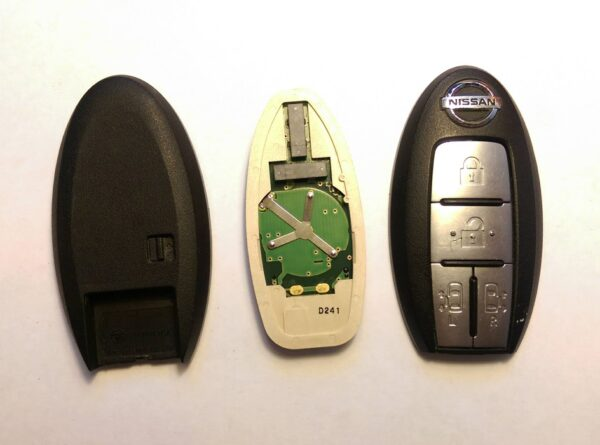 NISSAN Genuine SMART KEY 4 Buttons ( Unlocked ) With New Uncut Blade